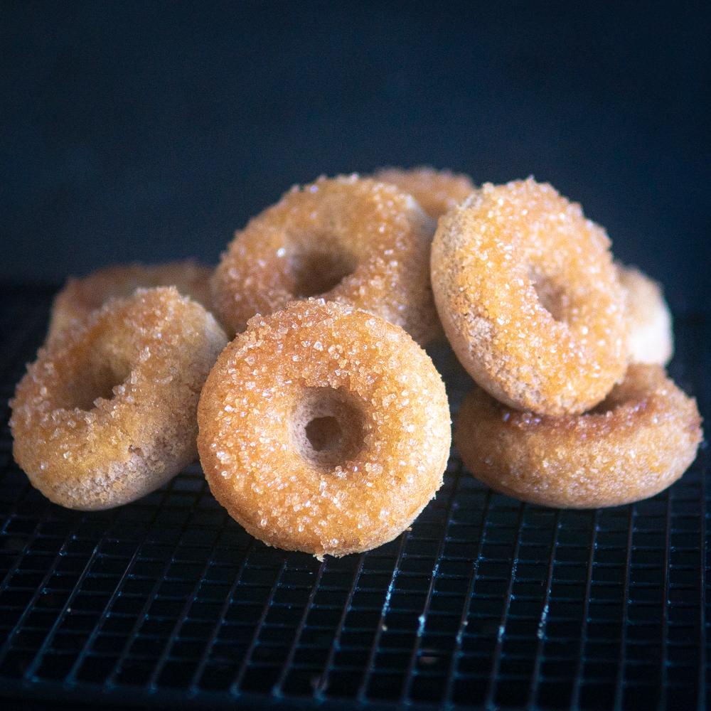 Glutenfreie Zimt-Zucker Donuts