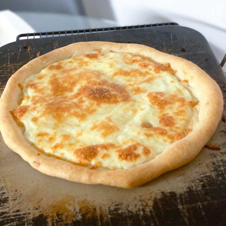 glutenfreie weiße Pizza